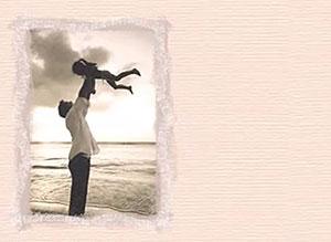 Imagen de Día del Padre para compartir gratis. Las niñas adoran a sus papás